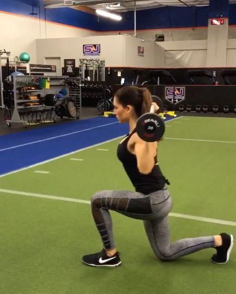 607k Followers 413 Following 2 066 Posts See Instagram Photos And Videos From Alexia Clark Alexia Clark Hantel Ubungen Sportubungen Beine Workout