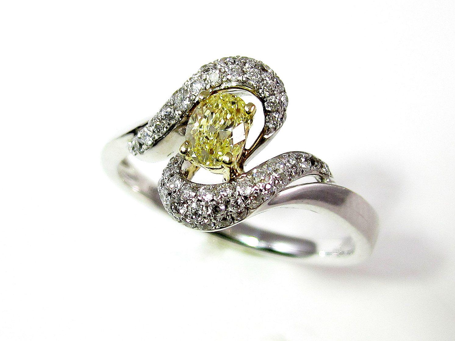 Yellow #diamond swirl ring