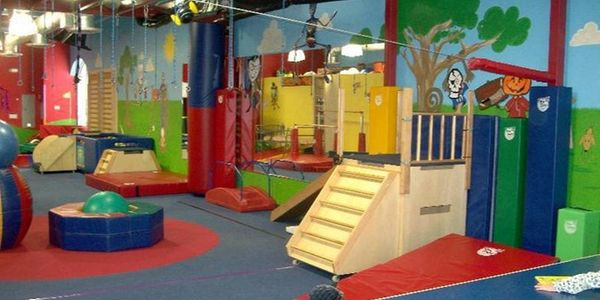 5 Best Birthday Party Places In Tucson Tucsontopia Best Birthday Party Places Birthday Party Places Party Places