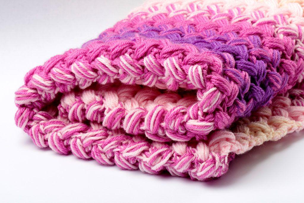 Crochet Zig Zag Blanket Pattern Free – Yarn Twist   Crochet Afghans ...