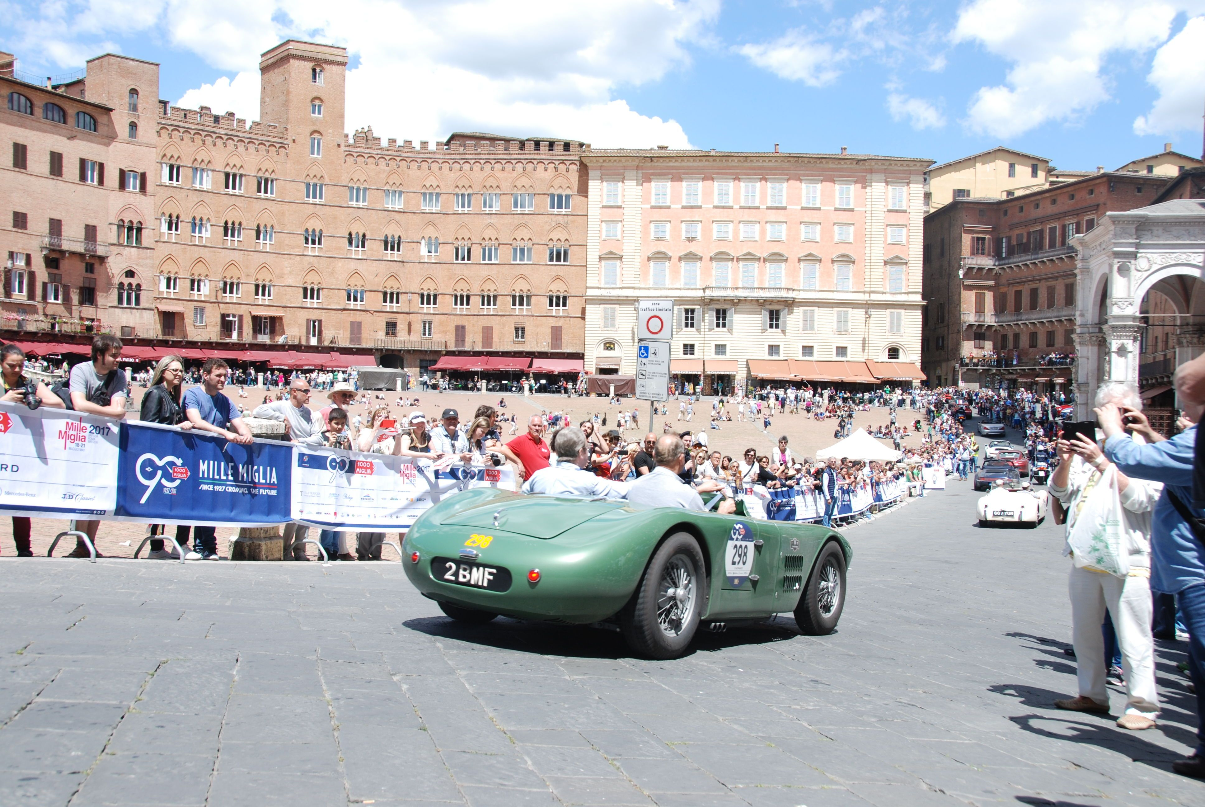 For more information about the great Mille Miglia car race, click ...