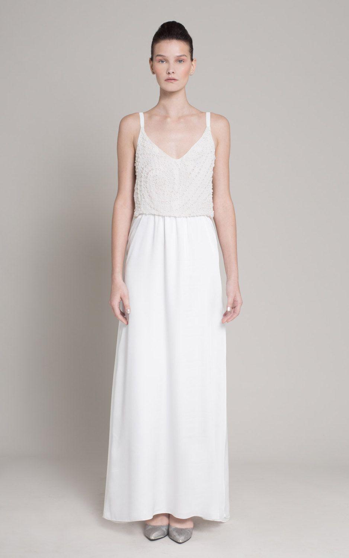 Minimalistisches Hochzeitskleid mit dünnen Trägern –perfekt für den ...