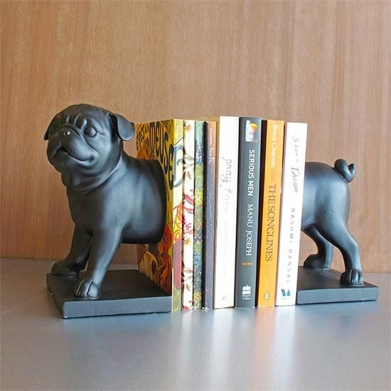 Our bull dog bookends are very accommodating - keep a few books upright with their help or if you want, these sturdy and heavy piece will also stretch to hold together a longer row of books. -www.cooliyo.com