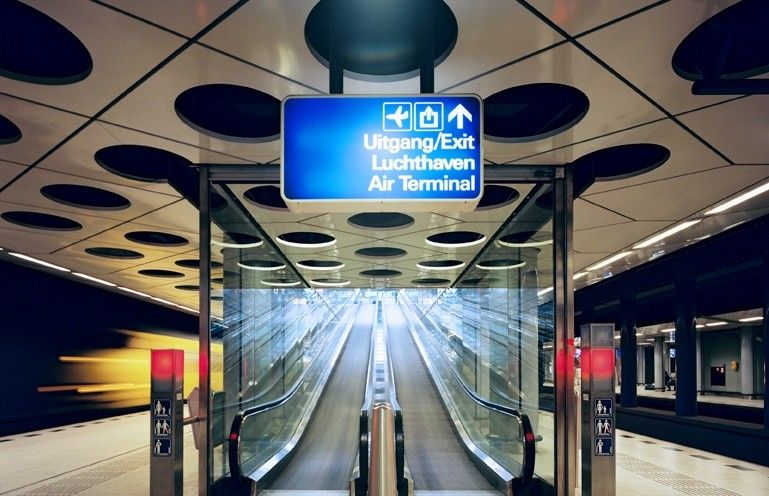 Amsterdam Airport Schiphol Mind Your Steps Amsterdam Airport
