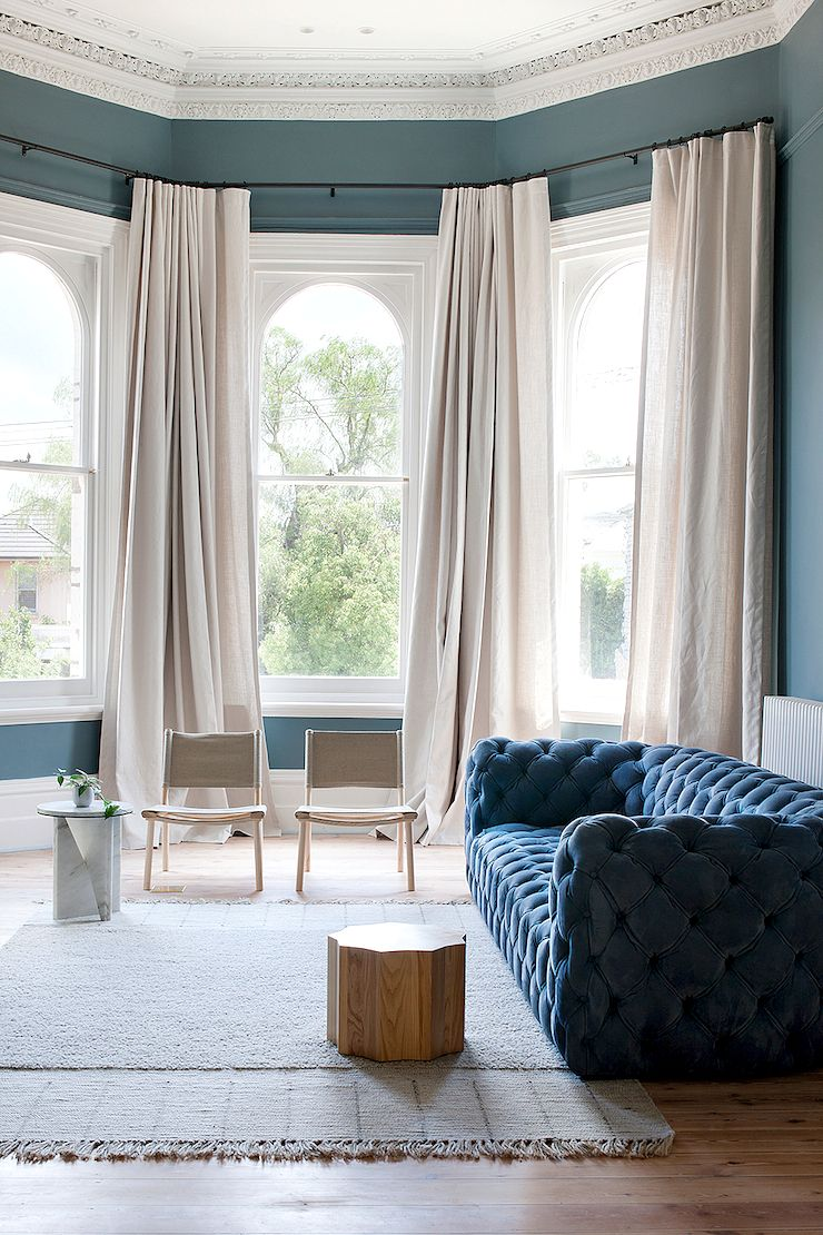 An Neglected Old Victorian House Has Had A Stunning Renovation With A New Lease On Life It Is Now Home To A Victorian Homes Living Room Designs Room Design #off #white #living #room #curtains