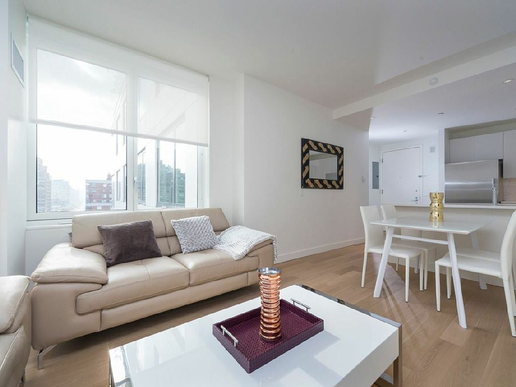 Times Square Vacation Rental Vrbo 643022 2 Br Manhattan Apartment In Ny Luxury Fully Furnished Steps Away From