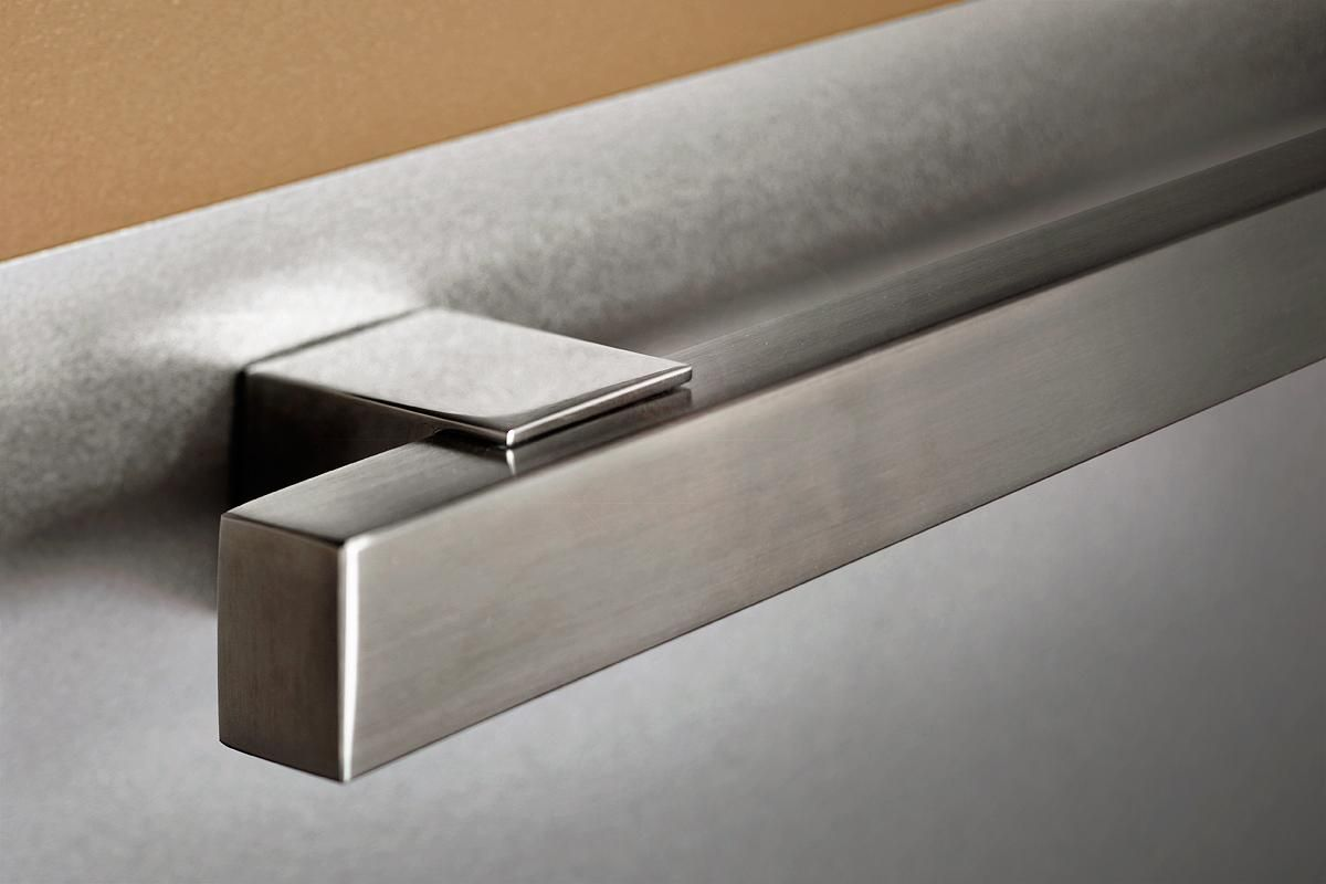 Best Quadrant Handrail In Satin Stainless Steel With Vice 400 x 300