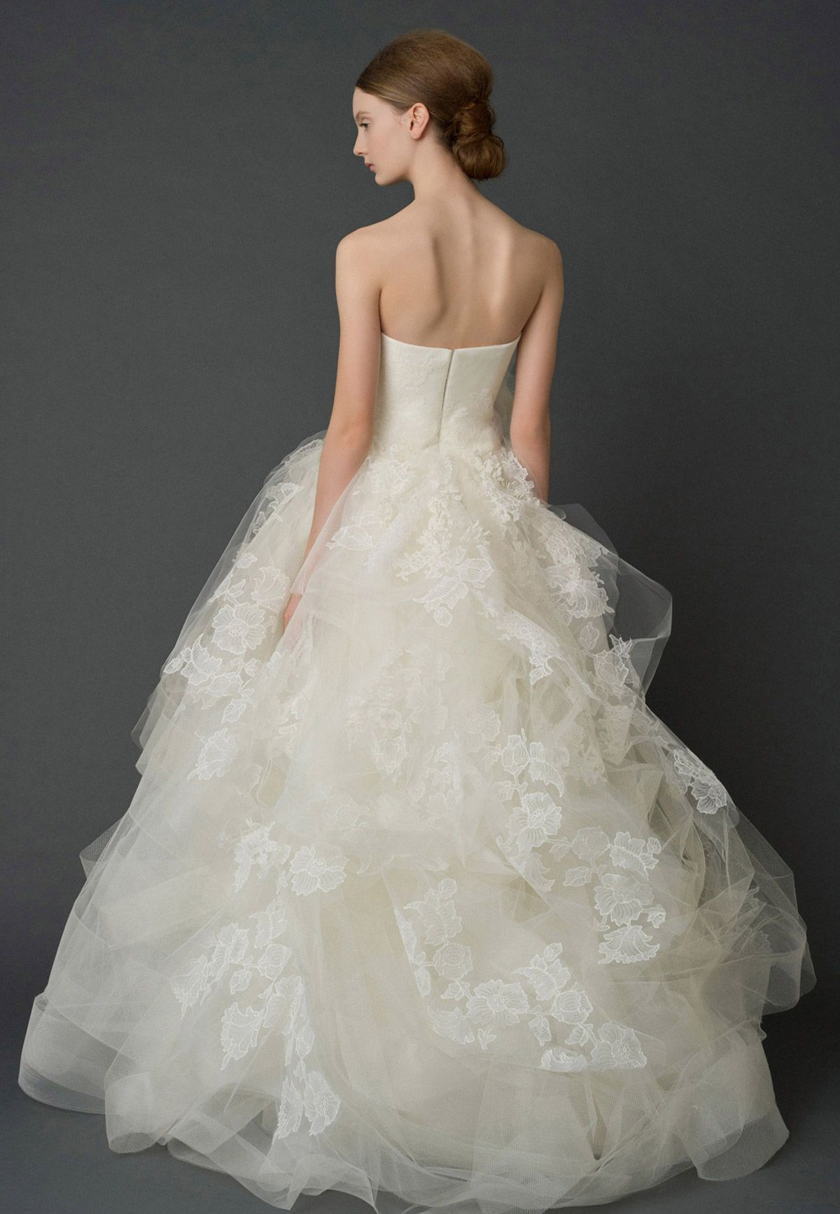 Wedding Dresses, Bridal Gowns by Vera Wang | Iconic | BEAUTIFUL ...