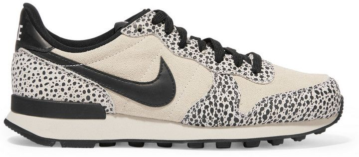 Fashion Trend I comfy sneakers I Nike Internationalist Suede I print shoes @monstylepin
