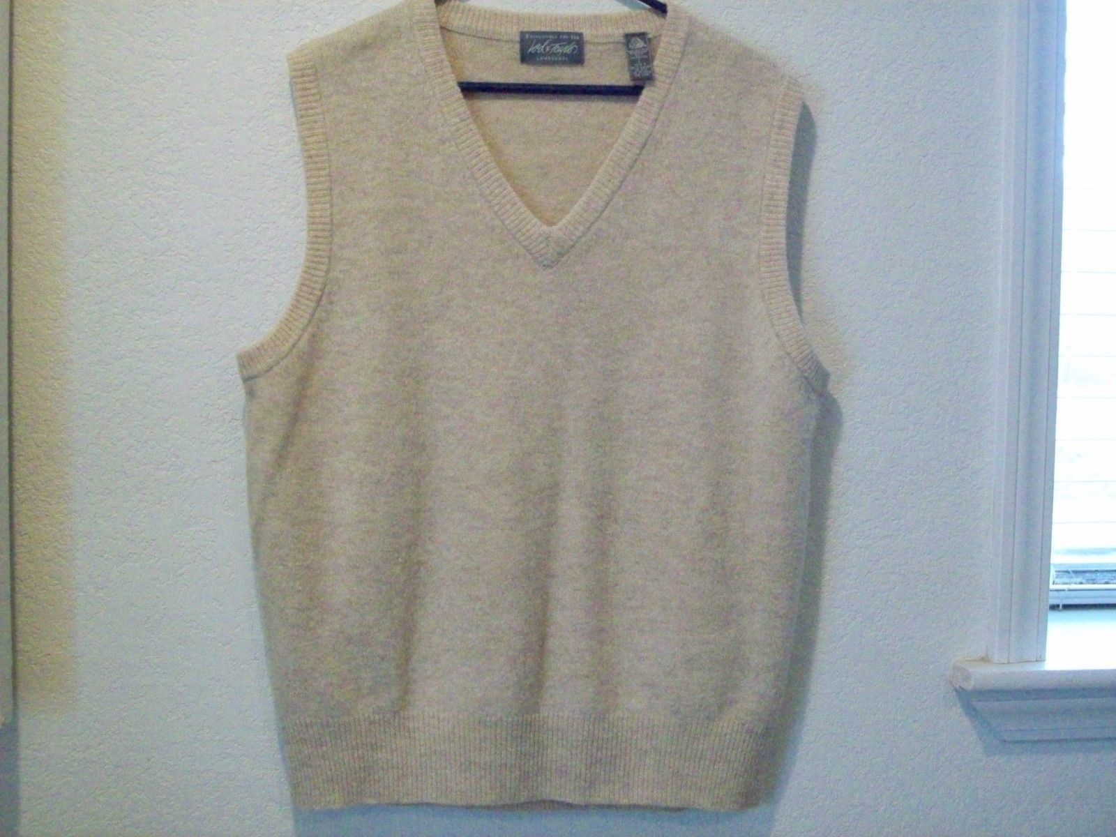 LORD & TAYLOR Men's Sweater Vest 100% Lamb's Wool Large Oatmeal ...