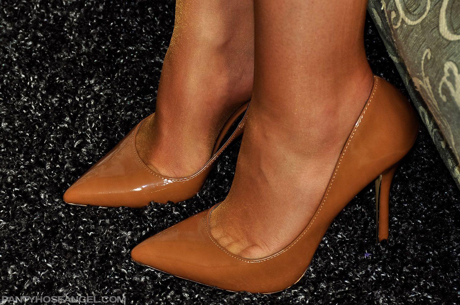 high Fetish heel movies leg