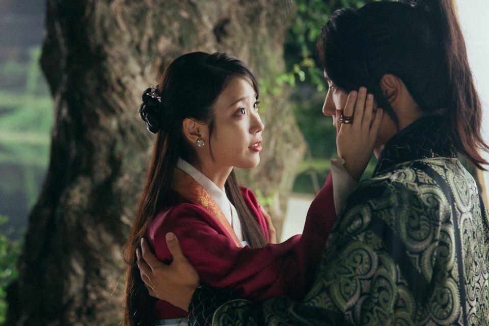 달의 연인 – 보보경심: 려 / Moon Lovers – Scarlet Heart : Ryeo EP18 Hae Soo (Lee Ji Eun) and Wang So (Lee Joon Gi)