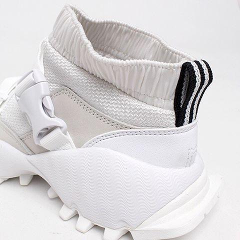 "824 lượt thích, 12 bình luận - ConceptKicks (@conceptkicks) trên Instagram: ""#ckinspiration | 👋🏼 @adidasoriginals @hyke_official ⠀⠀⠀⠀⠀⠀⠀⠀⠀ ⠀⠀⠀⠀⠀⠀⠀⠀⠀ ⠀⠀⠀⠀⠀⠀⠀⠀⠀ #footweardesign…"""