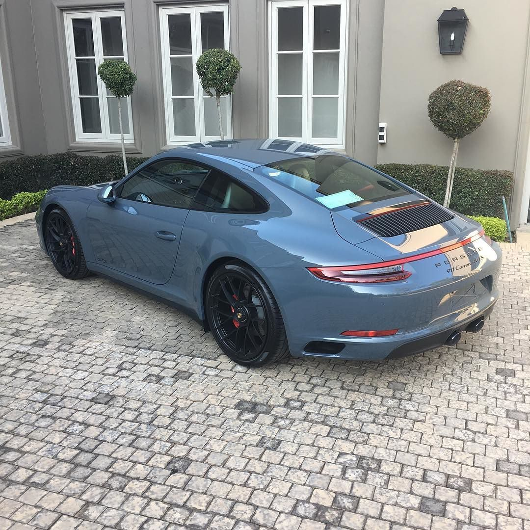 How Epic Does The New Porsche 991.2 GTS Look In Graphite