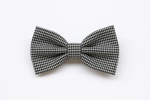 Photo of Items similar to bow tie for men multicolor optical pattern …