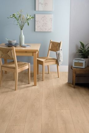 Woodstep strong v parchet laminat woodstep de 12 mm grosime care încorporează simultan stilul