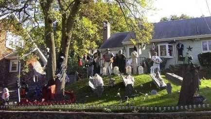 Best Halloween Yard Displays Halloween Pinterest Halloween
