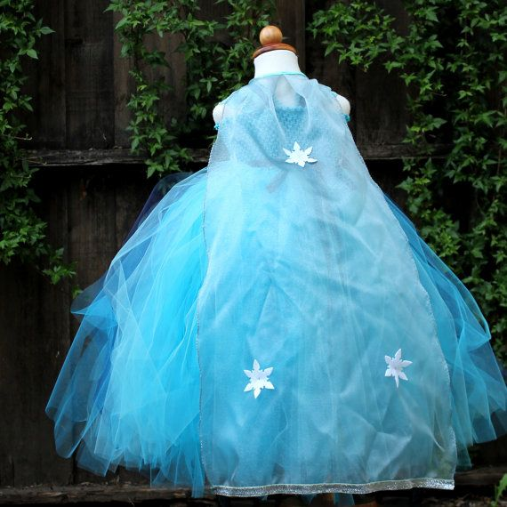 Silver Elsa Cape Frozen Elsa costume Elsa by BloomsNBugs on Etsy - frozen halloween decorations
