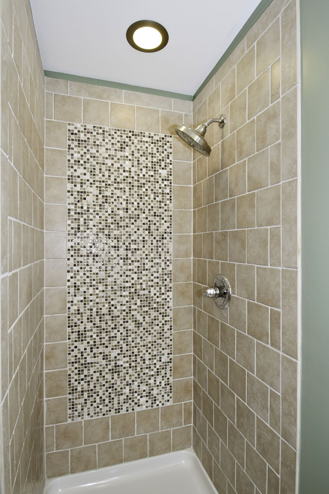 34 Unique Beautiful Tiles Pattern Bathroom Design Small