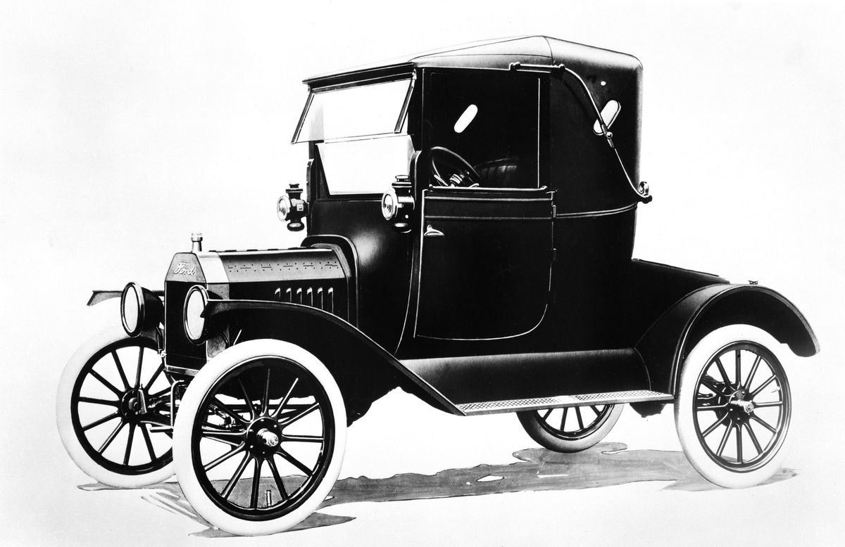 1917 Ford Model T - An estimated 1% of all vehicles sold between ...
