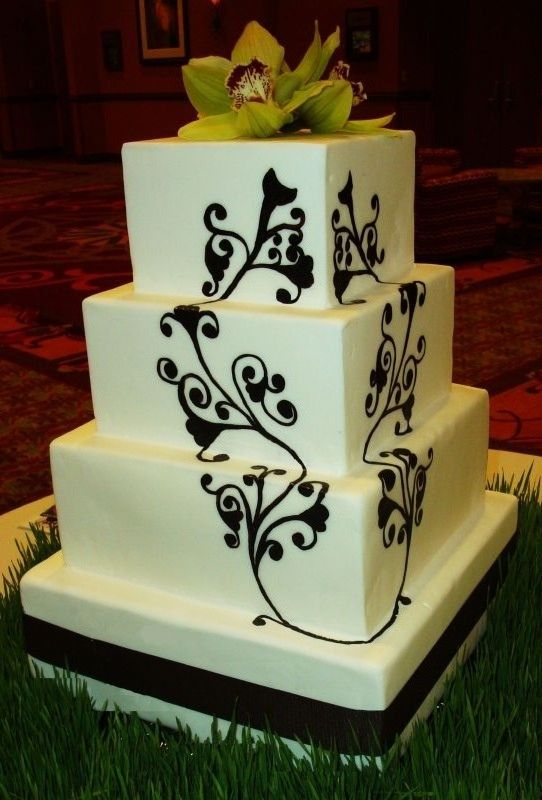 damask wedding cake - Google Search
