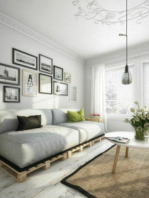 Sofa Paletten sofa aus paletten weißes interieur zwei bunte wurfkissen alle blicke