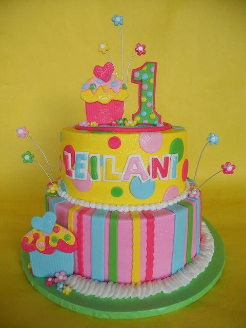 girls first birthday cupcake cakes | Cupcake 1st Birthday Cake « The Cupcake Blog