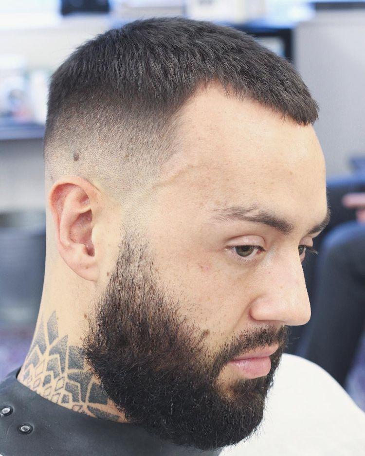 Frisuren Mit Geheimratsecken Für Männer Passende Varianten Für Den