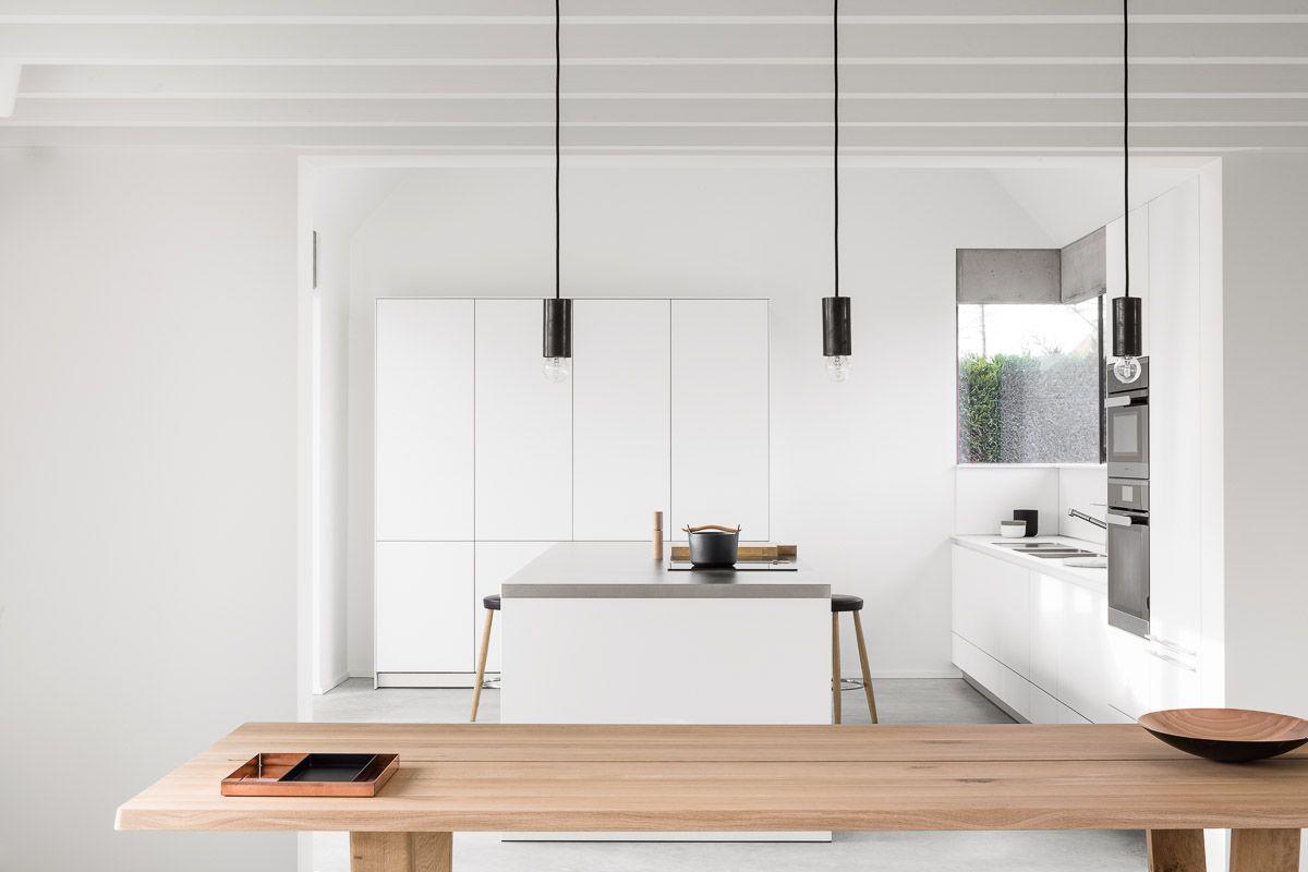 Bulthaup b keuken witte lak roestvrij staal realisatie