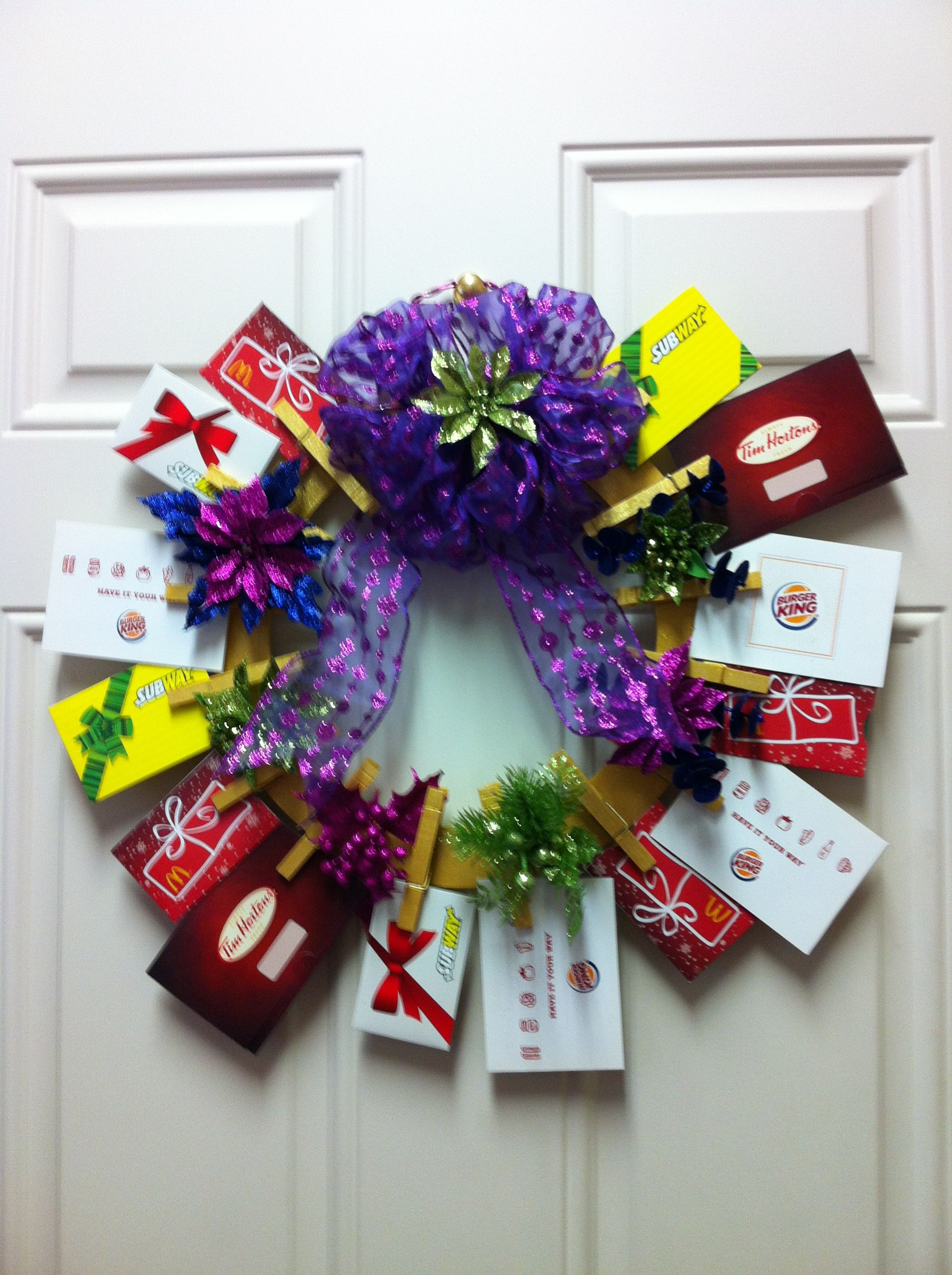 Gift card tree ideas pinterest - Gift Card Wreath