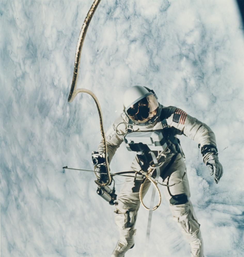 NASA黄金時代のお宝写真約700枚がオークションに | ナショナル ジオグラフィック(NATIONAL GEOGRAPHIC) 日本版サイト