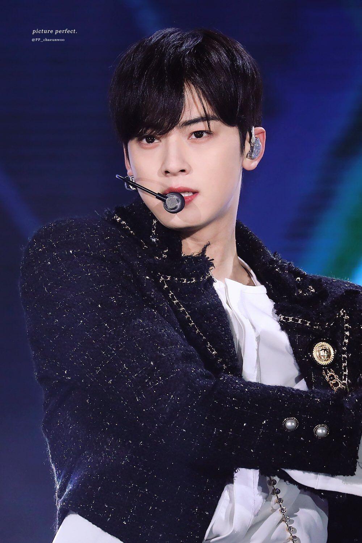 Bxh 30 Nam Idol Kpop Hot Nhất Hiện Nay đối Thủ Khong đội Trời Chung Của Bts Cuối Cung đa Trở Lại Top 10 Gay Bất Ngờ Lớn Diễn Vien Kpop Suho