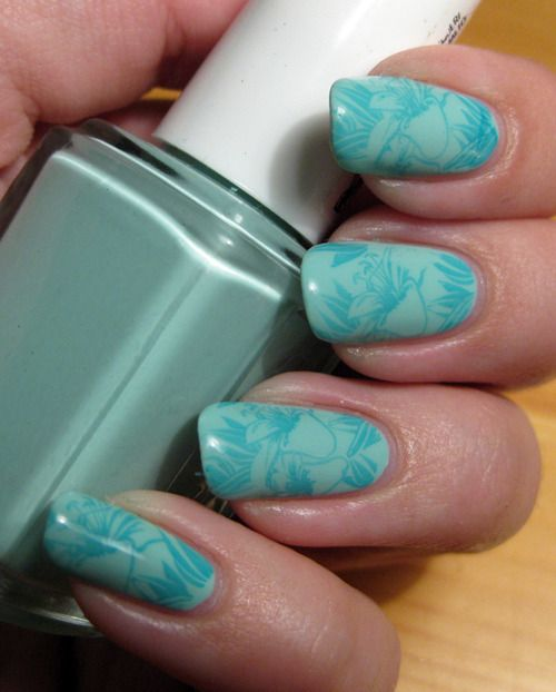 This is Essie Mind Candy Apple stamped with OPI Fly. Image is from BundleMonster plate BM-314.