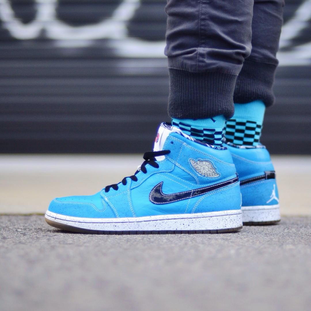 sneakers for cheap best place on feet images of Air Jordan 1 Mid Quai 54