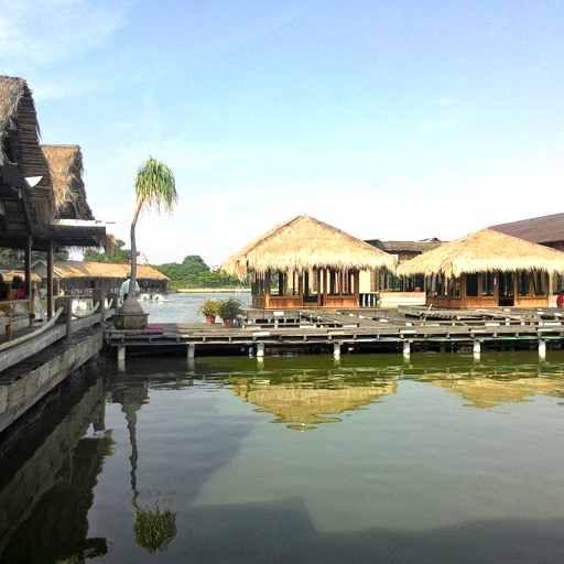 Rumah Makan Kampung Laut Kuliner Di Semarang Kuliner Semarang Kuliner Semarang Jawa Tengah Makanan Khas Semarang Tempat Kuliner Di Sem Semarang Tempat Lautan