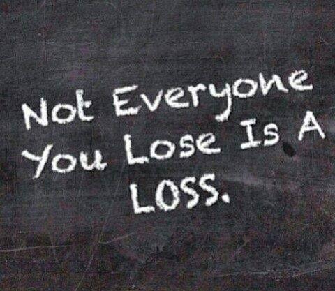 Si alguien siente HOY q esta perdiendo algo importante, esperen... con el tiempo verán que no era una perdida, que han ganado mucho. Paciencia. ♥.