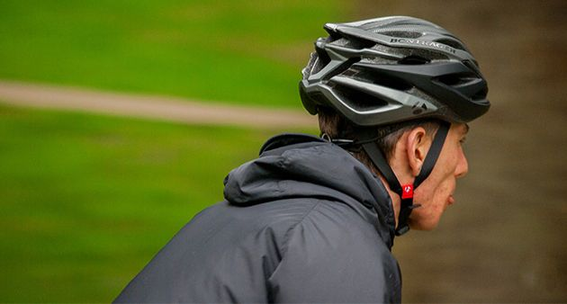 It Used Giro S In Mold Technology The Savant S Polycarbonate External Spend Is Actually Bonded Straight To The Actual Eps Fo Best Road Bike Helmet Bike Helmet