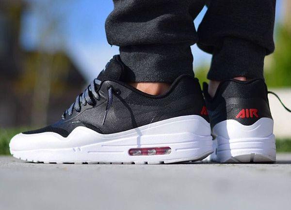 25 Nike Air Max 1 ID Premium inspirées par des collectors. Chaussures ...