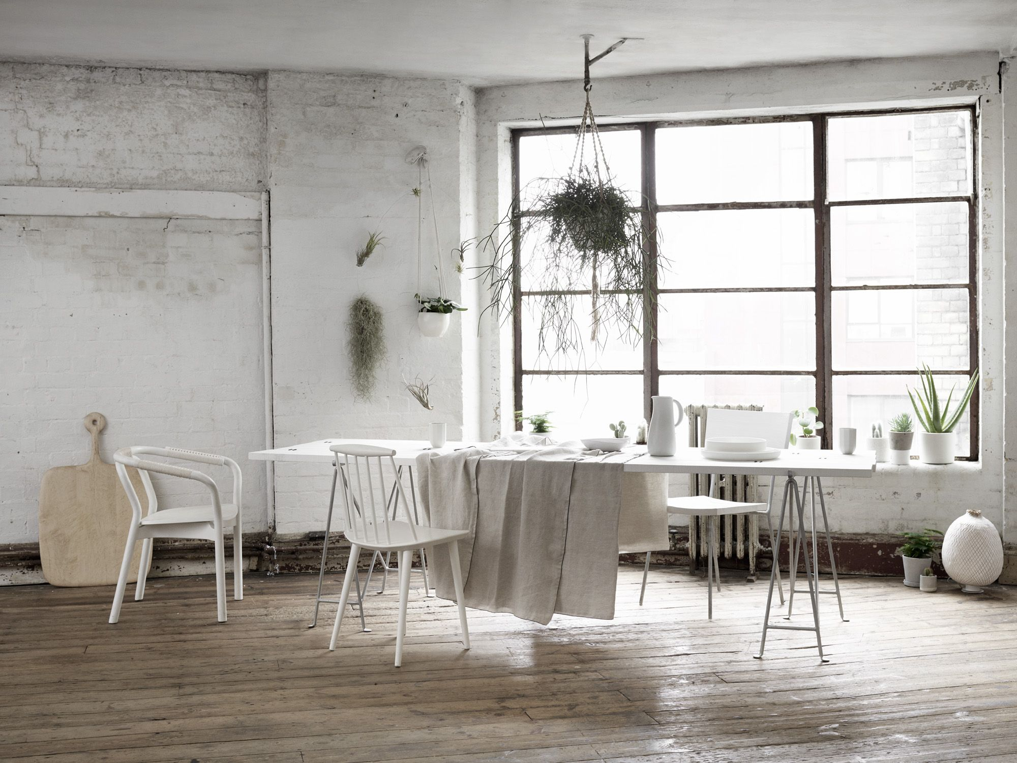 Elle deco Dining room -that floor color!