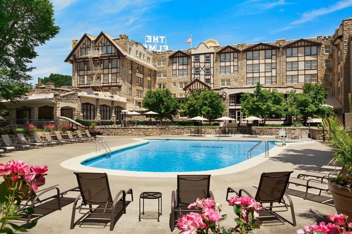 15 Best Romantic Weekend Getaways In Missouri The Crazy Tourist Romantic Weekend Getaways Elms Hotel Romantic Vacation Places