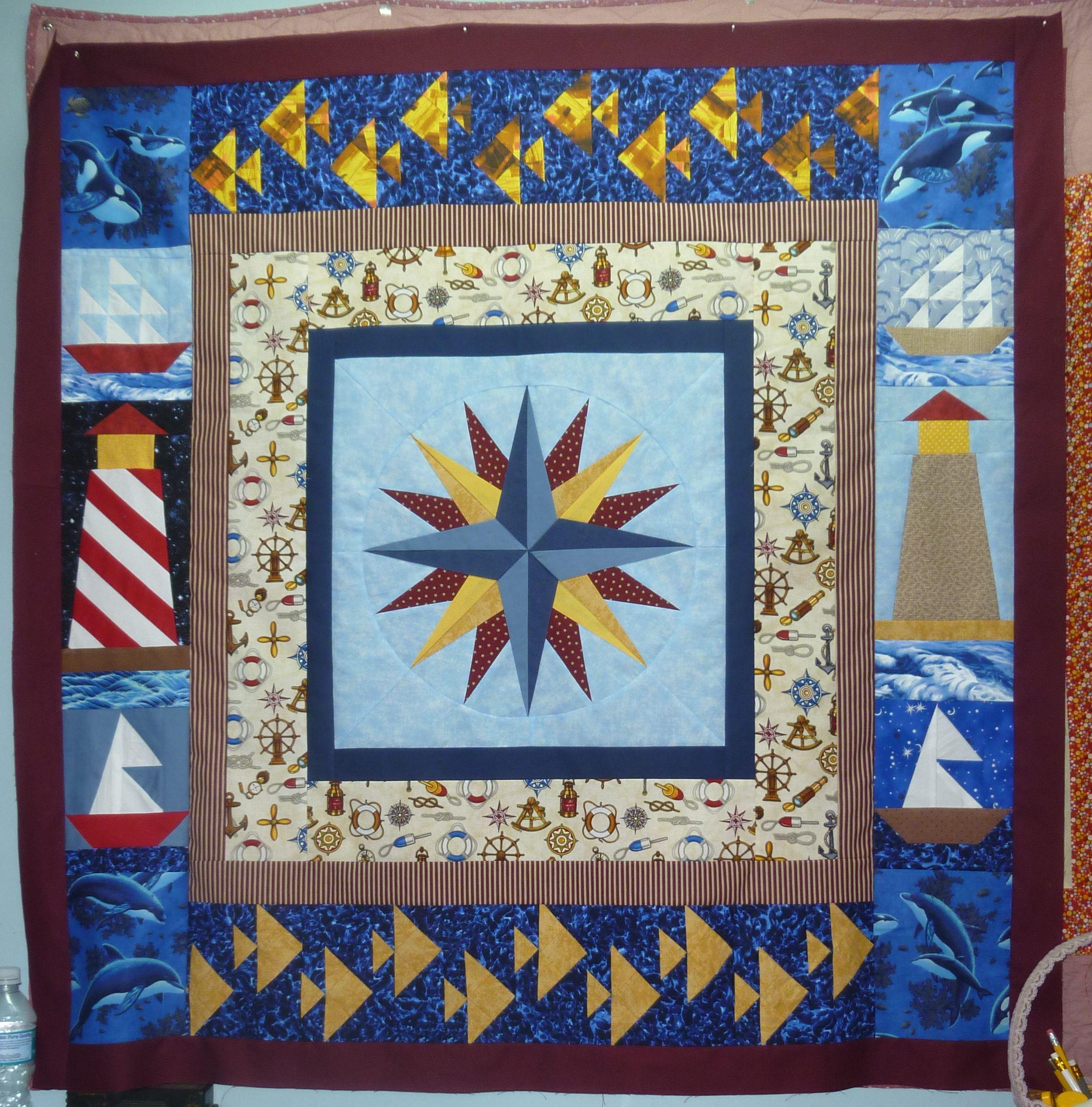 free mariner's compass pattern   Nautical Star Paper Pieced Quilt + Free Mariner's Compass Pattern