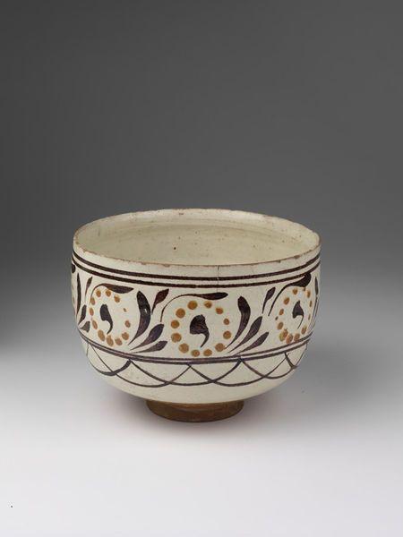 Bowl      Place of origin:      Çanakkale (province), Turkey (made)     Date:      early 19th century (made)     Artist/Maker:    ...