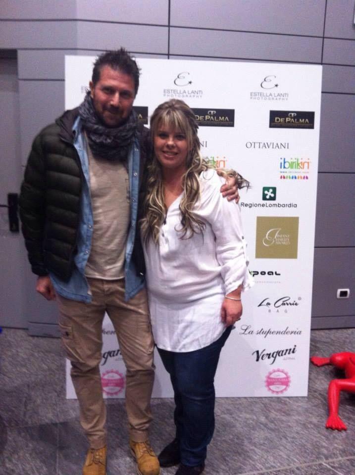 Stefano, il vincitore di MasterChef Italia e Susanna, organizzatrice di Infant Charity Award, l'evento che premia le associazioni che sostengono i bambini di cui #birikini è sponsor