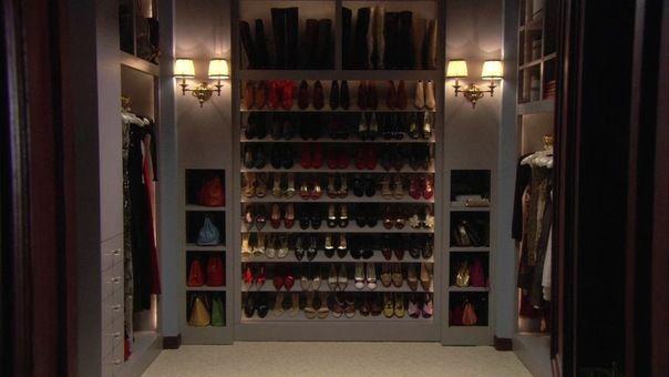 Blair waldorf s closet head over heels pinterest for Blair waldorf bedroom ideas
