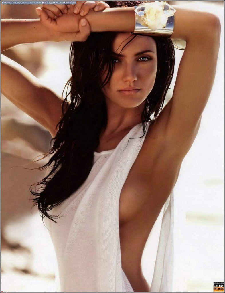 Cameron Diaz as a brunette?!! She looks so exotic, like a South American bombshell!! Yowza! Stunning...