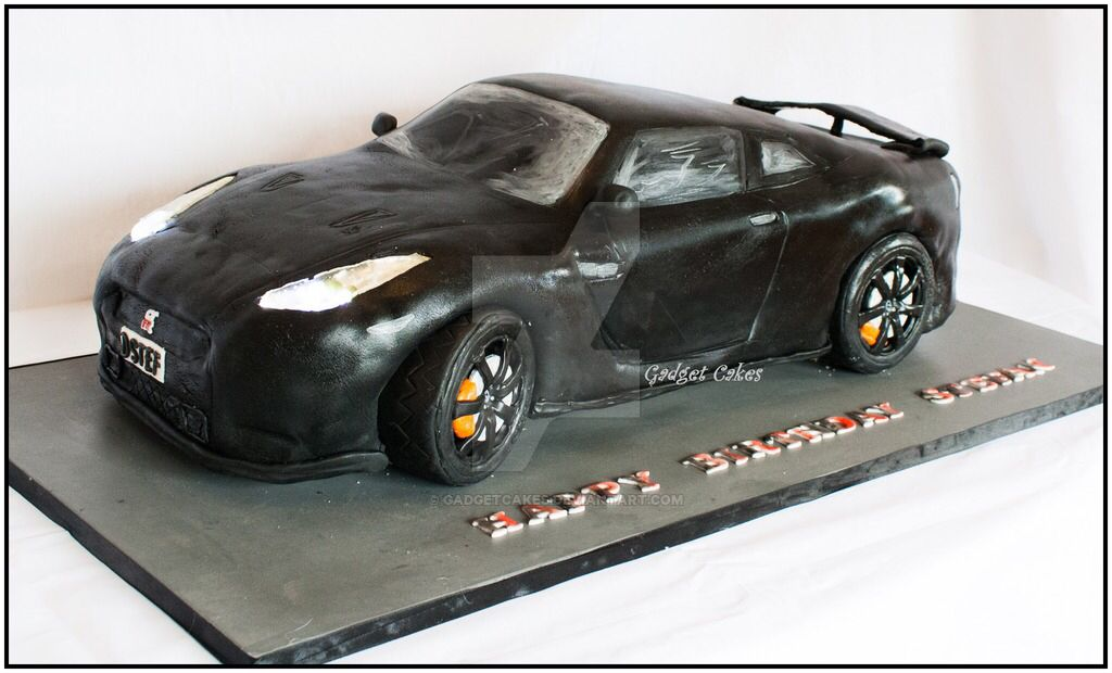 Top gear four door supercars wedding cakes