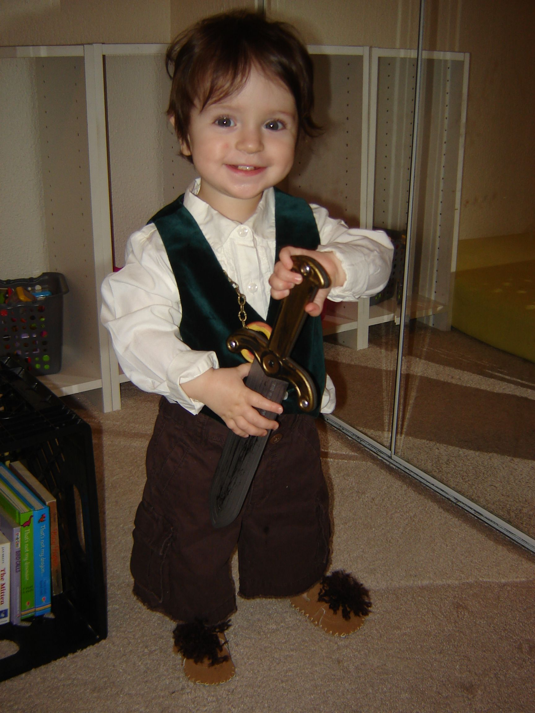Toddler in a DIY Frodo Lord of the Rings Bilbo Baggins Hobbit ...