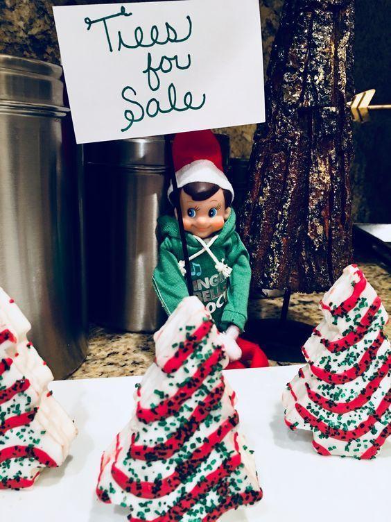 Awesome Elf on the Shelf Ideas for Kids - DIY Sweetheart #elfontheshelfideas
