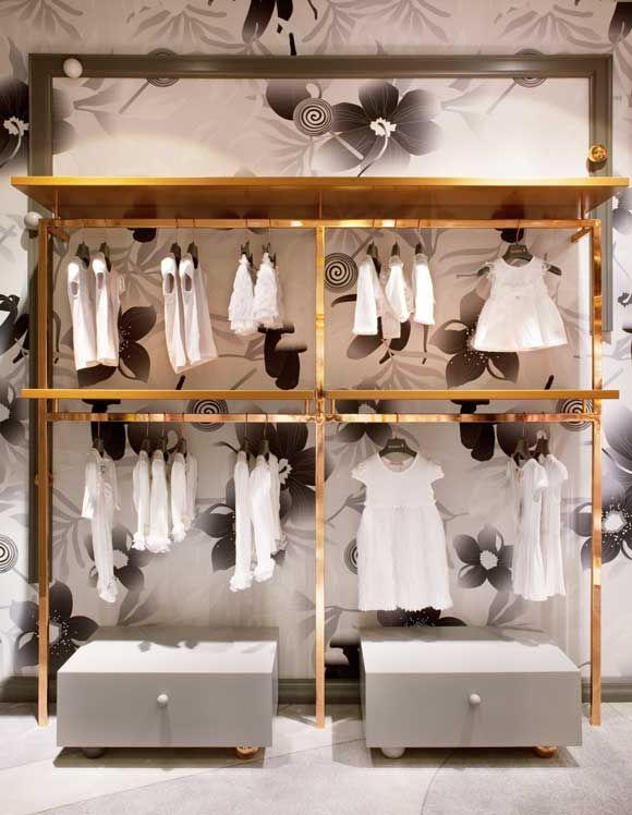 Bambini kids store vienna an arredamento negozi for Negozi online design