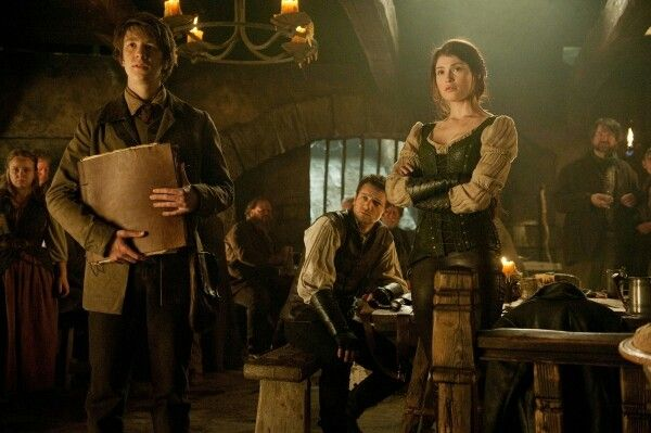 Hansel and Gretel witch hunters, this is an awesome new twist on this age ol fairy tale